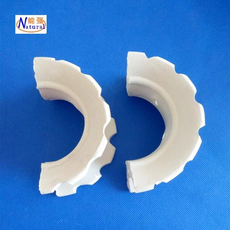 供应高效耐高温陶瓷散堆填料价格 50mm陶瓷异鞍环填料