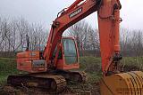 眉山90型挖机出租多少钱一个月 乐山找挖机方便快捷