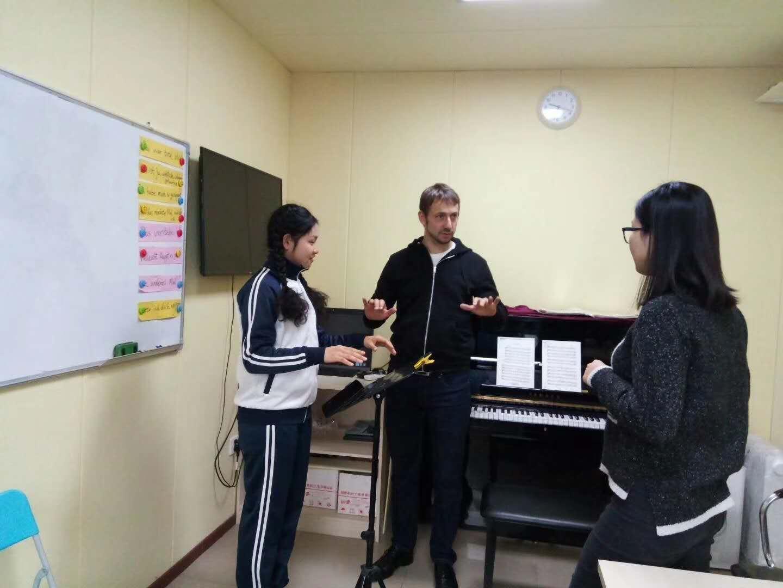 德国著名音乐学院教授爱博斯坦教授