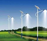 扬州太阳能路灯6米农村用全年亮灯