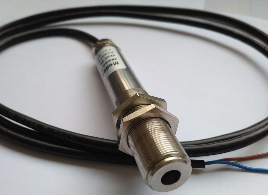 -50~350℃在线式红外线测温仪 非接触式工业红外线温度传感器