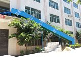 三楼电商仓库出货滑梯流水线下货皮带输送设备;