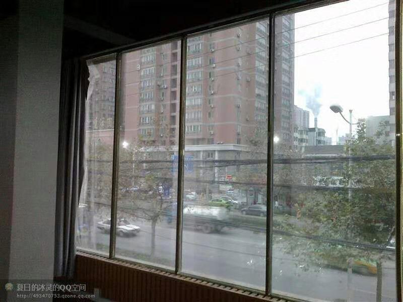 西安玻璃贴膜,西安建筑膜,西安隔热膜,西安防爆膜,西安防弹膜