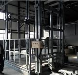 山东导轨货梯升降机液压升降平台厂房货物举升机装卸台汽车提升机升降机