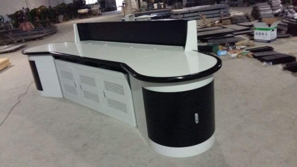 厂家直销播音桌演播室桌子
