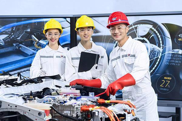 安徽汽车工业技师学院新能源汽车检测与维修