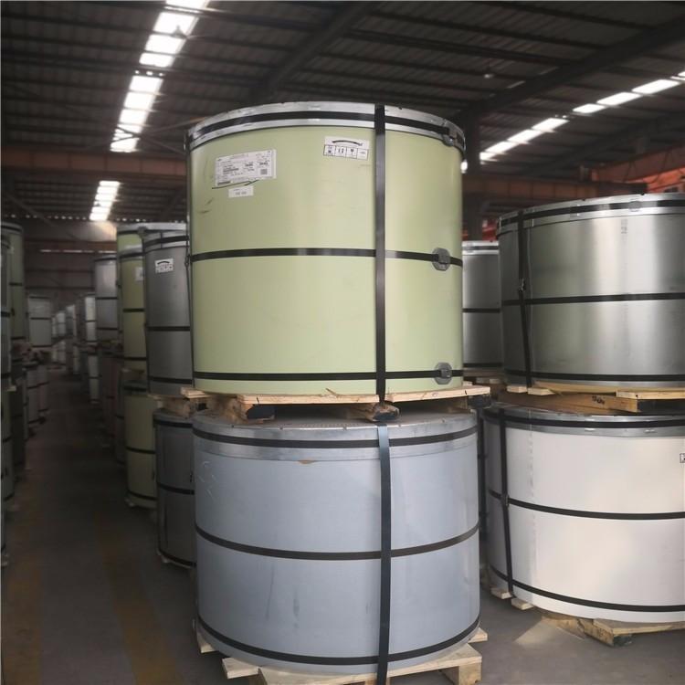 上海宝钢彩涂板普通聚酯海蓝0.5一米现货入库