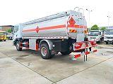 湖北程力东风多利卡10吨加油车安全达标全国可上户;