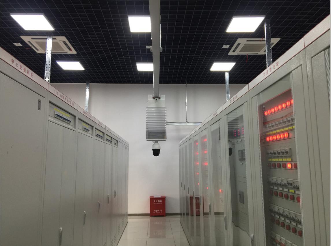 廠家直銷掛軌式監控機器人 |軌道式巡檢機器 |電網智能巡檢機器人