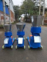 专业生产饲料颗粒机,饲料搅拌机,秸秆粉碎机,厂家直销