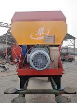 通辽5立方固定卧式TMR饲料搅拌机高科技的牧场设备;