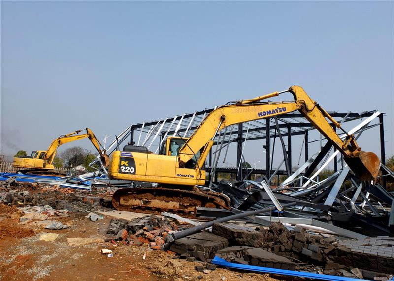 苏州厂棚拆除设备处理钢结构拆除大型广告专业拆除公司
