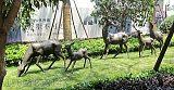 福州小区景观鹿铜雕塑 一群自由奔跑的鹿摆件
