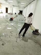 越秀区洪升专业地板打蜡优质服务,专业保洁阿姨认真负责