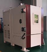 高低温低气压试验箱;