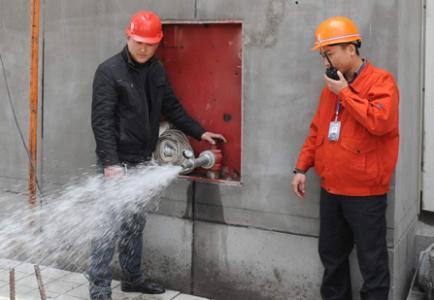 消火栓出水测试