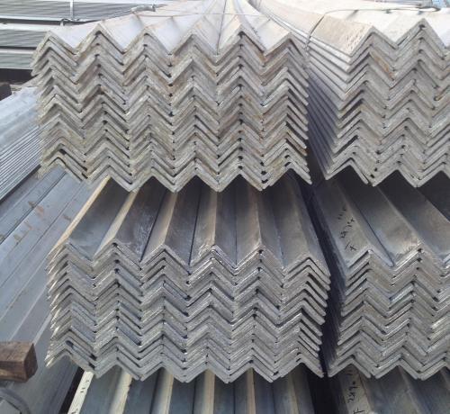 石家庄镀锌角钢经销商,鑫龙港钢铁,河北镀锌角钢厂家