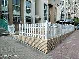 各种PVC护栏 庭院护栏 草坪护栏厂家直销 安装;