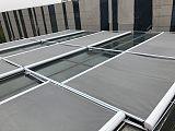 户外建筑玻璃采光顶遮阳电动天幕蓬帘;