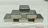 磁鐵、釹鐵硼、強磁;