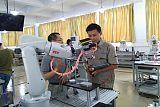 工业机器人技术应�用专业;