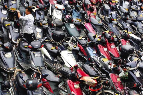 四川省成都市报废回收二轮摩托车,轻便摩托车,货三轮摩托车