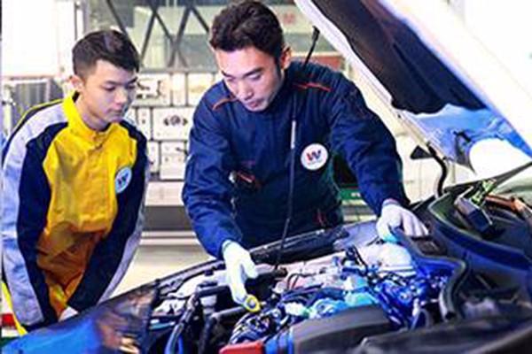 汽車運用與維修1.jpg