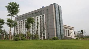 揚州市財經學校
