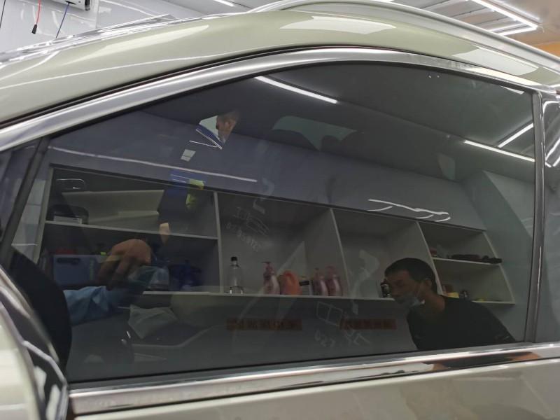 汽车太阳膜