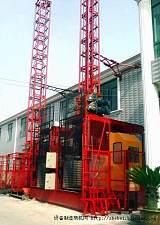 SC100/100施工電梯;