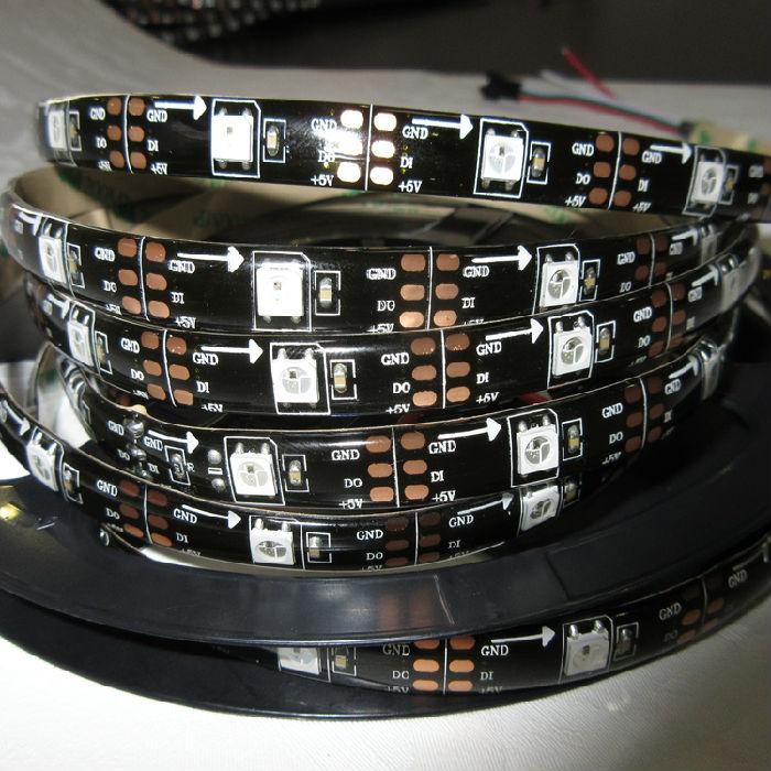 一、产品参数 :产品型号:WS2812 30灯; :产品名称:30灯WS2812B灯带; :工作电压: DC5V; :功率: 9W 10% / M; :光源:SMD 5050 LED; :板材:FPCB; :芯片:台湾晶元芯片; :IC型号:WS2812B;(内置IC) :IC数量:30PCS/M; :像素点:30PCS/M; :灯珠数量:30PCS/M; :灰度等级:256级; :发光角度:120; :发光颜色:全彩,配合控制系统,任意调节; :产品尺寸:5000MM*1