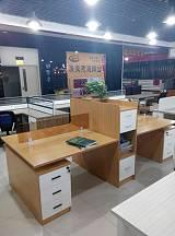 供應各種辦公家具培訓桌屏風辦公桌鋼架辦公桌經理桌;