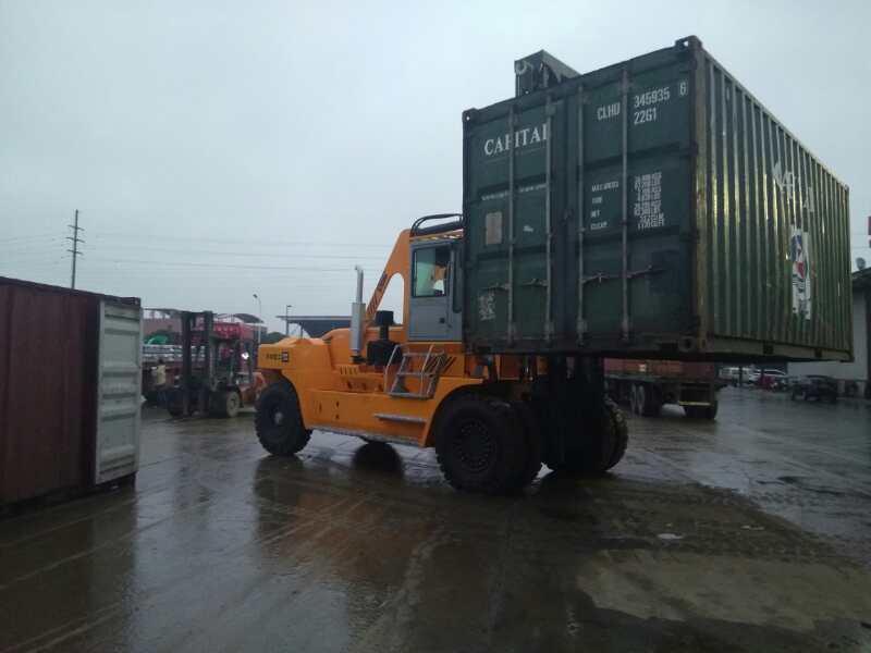 供应华南重工HNF320系列32吨集装箱叉车铁路货场专用32吨叉车;