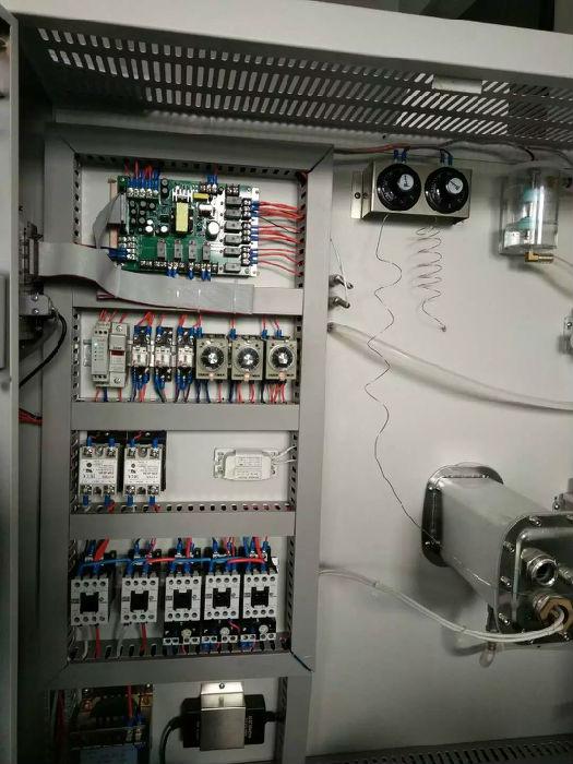 可程式恒温恒湿试验箱KLO-SR-100;