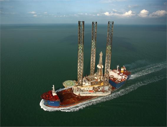 提供半潜船租赁,承运大型港机,游艇,工程船等;