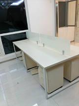 供应各种和板办公家具办公桌椅;