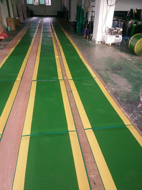 抗疲劳地胶 防静电无味桌垫 脚垫工厂 缓解疲劳垫