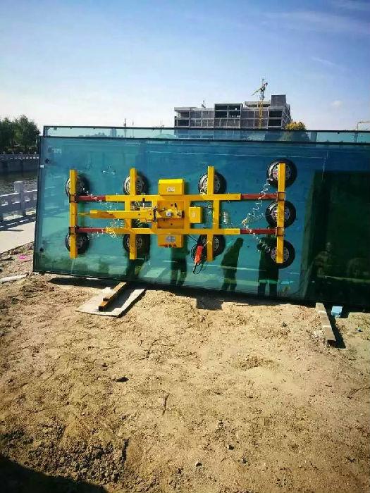 威海气动玻璃吸吊机价格;