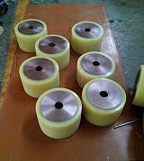 供應北京工業設備用橡膠滾輪加工包膠掛膠;