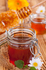 农家自养土蜂蜜,山花蜜,野花蜜,百花蜜