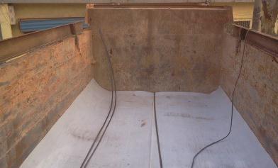 自卸车不沾土车厢底板 车厢滑板厚度1MM-15MM HDPE衬板生产厂家;