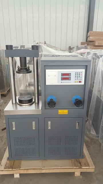 3o吨数字式抗折抗压试验机;