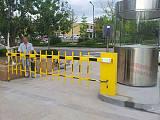 青岛专业安装道闸,直杆、栅栏、广告道闸及停车系统安装!;