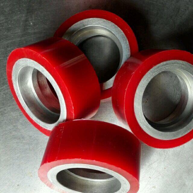 供应武汉工业设备用聚氨酯胶轮加工包胶,橡胶滚轮包胶加工;