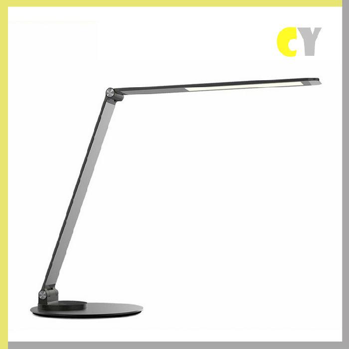 供应金属9W护眼学习折叠办公礼品LED台灯;