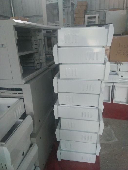 广州普利尔机自产自销服务器机柜;