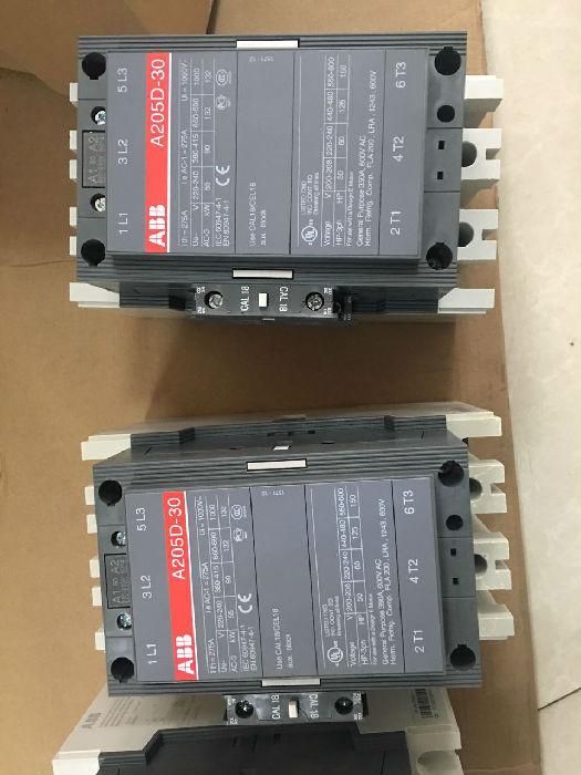 ABB交直流接触器 AF750-30-11;