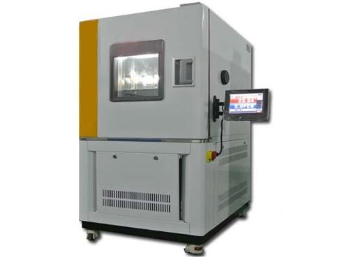 乾龙高低温试验箱;