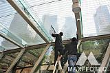 深圳华润万象城建筑玻璃贴膜隔热防爆膜安装;