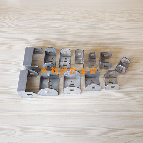 供应ABS塑料材质耐磨套-方管塑料防水直通;